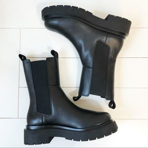 H&M High Profile Chelsea Boot Black Size 7
